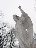ängel som uppåt pekar Arkivfoto