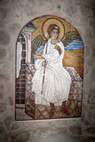Ängelsymbol Mosaisk bild av ärkeängeln i den serbiska ortodoxa kristna kloster Ostrog, Montenegro Royaltyfria Foton