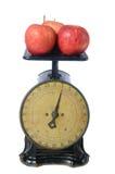 Äpfel auf Weinlese-Skala Stockbilder