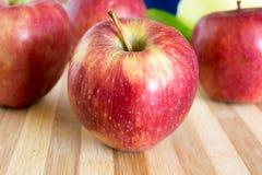 Äpfel in der Küche Lizenzfreie Stockfotos
