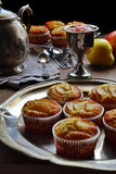 Äppelmos- och päronvaniljmuffin Royaltyfri Bild