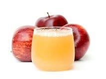 Äppelmust och äpplen Royaltyfri Foto
