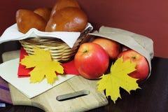 Äppelpajer arkivfoton