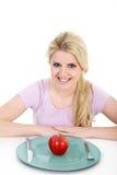 äpple som äter den saftiga kvinnan Fotografering för Bildbyråer