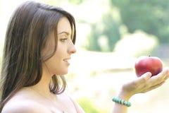 äppleflicka Fotografering för Bildbyråer