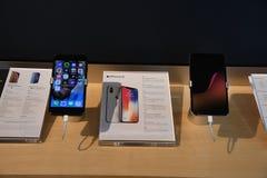 ÄPPLEN NYA IPHONE ELLER SMARTPHONE arkivfoto
