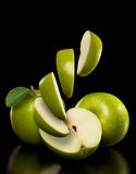Äpplen och äppleskivor Royaltyfria Foton