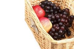 Äpplen och druvor Arkivfoton