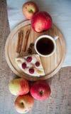 Äpplen och paj Arkivbilder