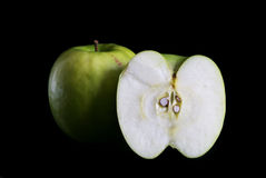 Äpplen på en svart bakgrund 免版税库存图片