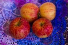 Äpplen på lace_4 Royaltyfri Bild