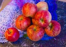 Äpplen snör åt på Royaltyfri Bild