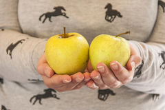 äpplen två Arkivfoto