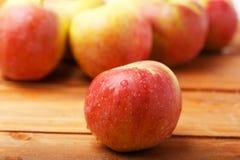 Äpplena Arkivbild