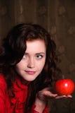 äpplet gömma i handflatan Arkivfoton