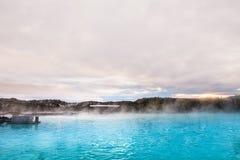 Är den geotermiska brunnsorten för den blåa lagun i Island, den blåa lagun famouen Arkivfoton
