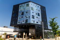 Är den utövande akademin för byggnad delen av det Wien universitetet av nationalekonomi och affären Royaltyfria Foton