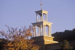 Är fyrkantig byggnad för staden en sydvästlig turist- destination i Santa Fe New Mexico Arkivbilder