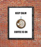 Är lugna kaffe för uppehället på skriftligt i bildram Royaltyfri Foto