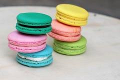 Är mång- färgrikt för franska makron läckert Fotografering för Bildbyråer