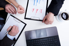 Ärger auf einem Geschäftstreffen Lizenzfreie Stockfotos