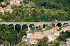 Ärke- bro - Lapradelle Puilaurens - Frankrike Royaltyfri Foto