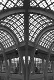 ärke- byggnadsexponeringsglastak arkivfoton