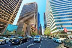 Ärke- gata och trafik i Philadelphia Arkivbild