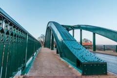 Ärke- staket för bro för formarkitekturväg Arkivfoto