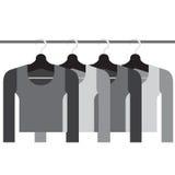 Ärmel-Hemden mit Aufhängern Stockfotografie