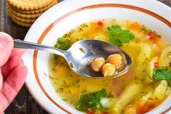 Ärta- och potatissoppa Arkivfoto