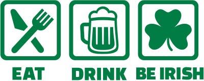 Äta drinken och var irländsk - symboler med treklövern royaltyfri illustrationer