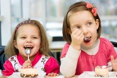 Äta för ungar Royaltyfri Fotografi