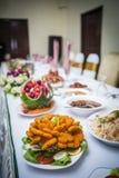 äta middag elegant tabell Royaltyfria Foton