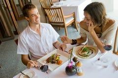 Äta middag för par Royaltyfria Foton