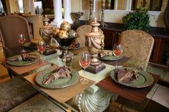 äta middag formell lokal royaltyfri fotografi