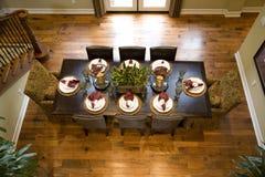 äta middag herrgårdlokal arkivbild