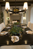 äta middag home lyxig tabell royaltyfri fotografi