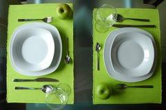 äta middag modern set två Royaltyfria Foton