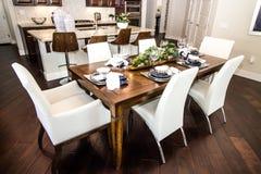 Äta middag område med ställeinställningar royaltyfri fotografi