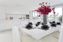 Äta middag område och kök Fotografering för Bildbyråer