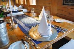 äta middag set tabell Royaltyfri Bild