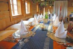 äta middag set tabell för garnering Fotografering för Bildbyråer