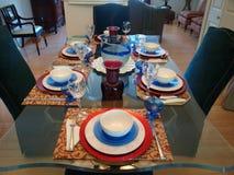 äta middag ställeinställning Fotografering för Bildbyråer