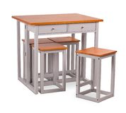 Äta middag tabell för brun träfyrkant med fyra stolar, stol Modern formgivare och att äta middag tabellen och stolar som isoleras royaltyfri fotografi