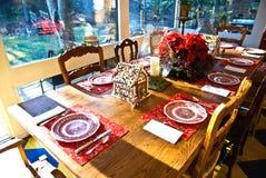 Äta middag tabell/inställning Fotografering för Bildbyråer