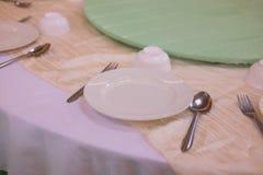 Äta middag uppsättningen på tabellen Fotografering för Bildbyråer
