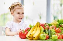 Äta ny frukt Royaltyfri Foto