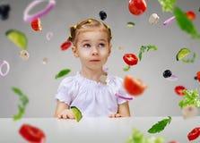 Äta ny frukt Royaltyfri Fotografi