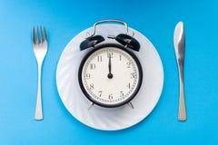 äta tid till Äta lunch Tid, frukosten och matställebegreppet royaltyfri fotografi